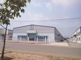 Cho thuê gấp nhà xưởng mới xây dựng, dt 450m2, giá 18tr/tháng ở An Phú Đông, Quận 12