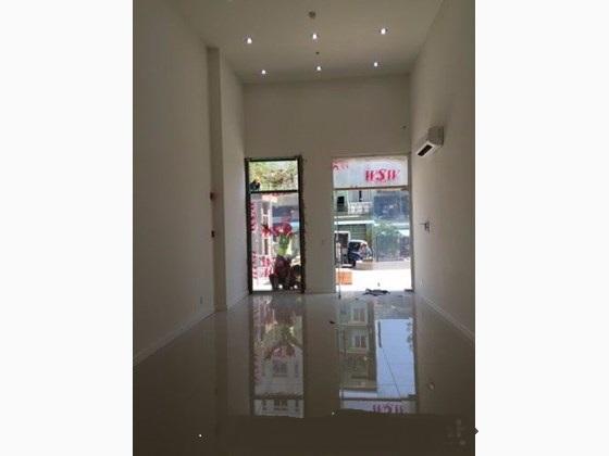 Cho thuê mặt tiền shop kinh doanh đường Nguyễn Khoái căn hộ Novaland Galaxy 9, quận 4