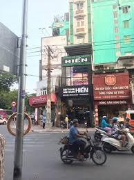 Cho thê gấp nhà mặt tiền đường Hùng Vương, Quận 5