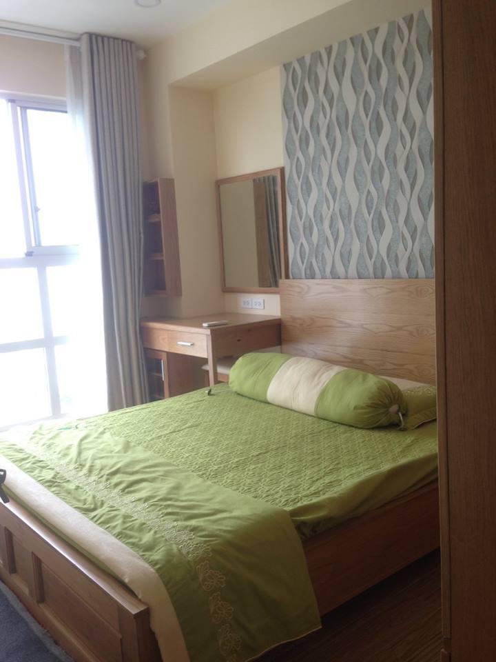 Cho thuê căn hộ Scenic Valley, DT: 76m2, 2PN, 2WC, view hồ Bán Nguyệt